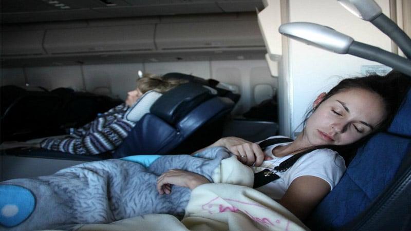 Безопасный перелет во время беременности