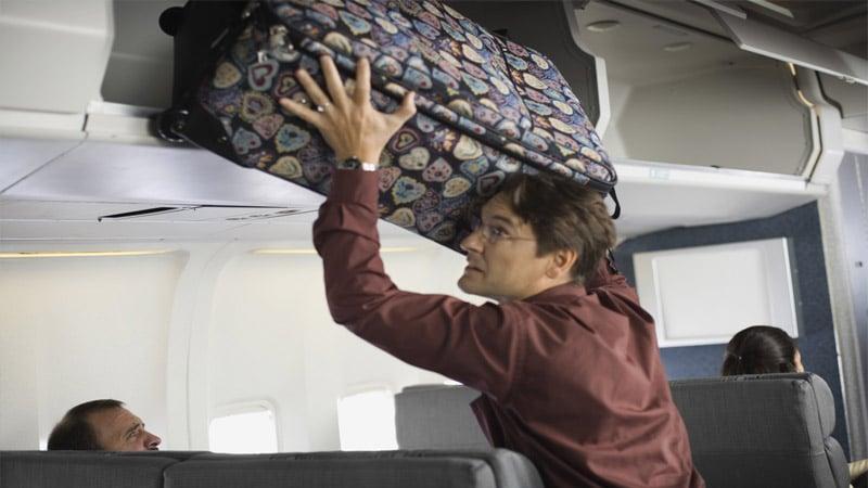 Ручная кладь в самолете должна быть стандартного размера