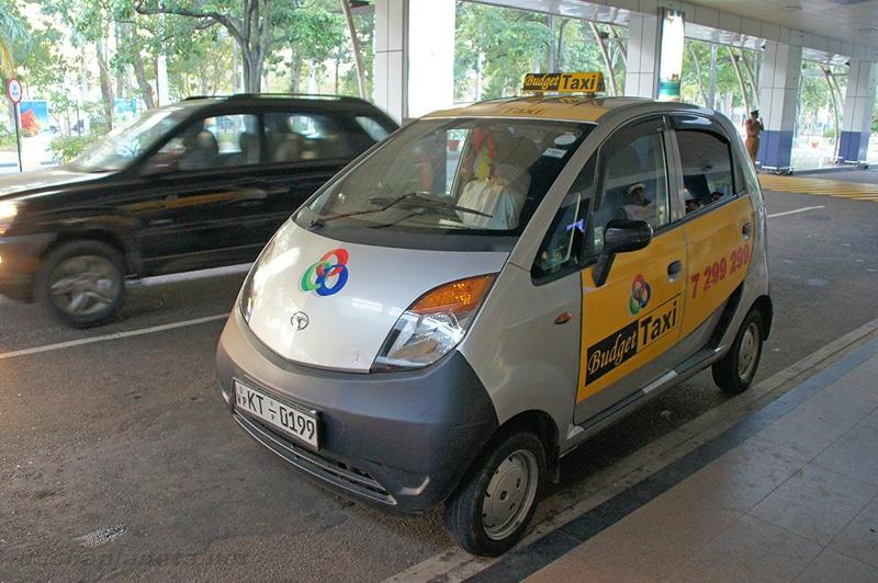 Добраться из аэропорта Коломбо до Коломбо на такси