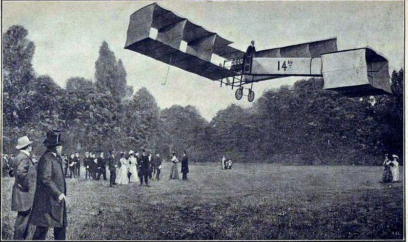 Кто изобрел первый самолет