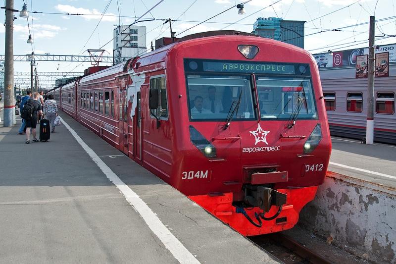 Как добраться с Ленинградского вокзала до Домодедово