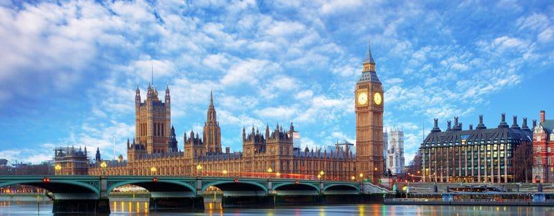 Время полета Москва - Лондон