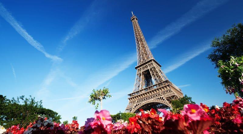 Время полета Москва - Париж