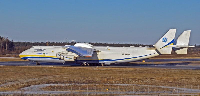 самый большой пассажирский самолет в россии