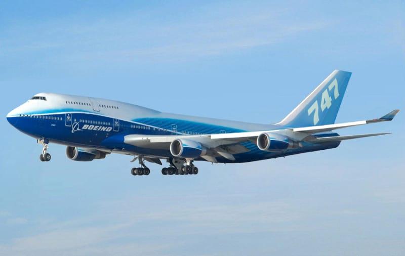 скорость Боинга 747 в полете