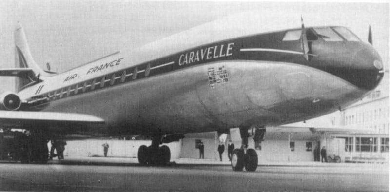 первый реактивный самолет для пассажиров