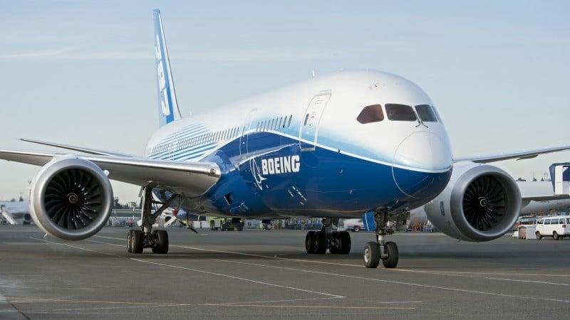 сколько весит Боинг 777