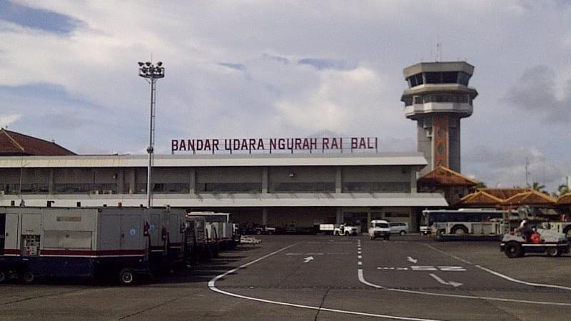 аэропорт Бали Индонезия