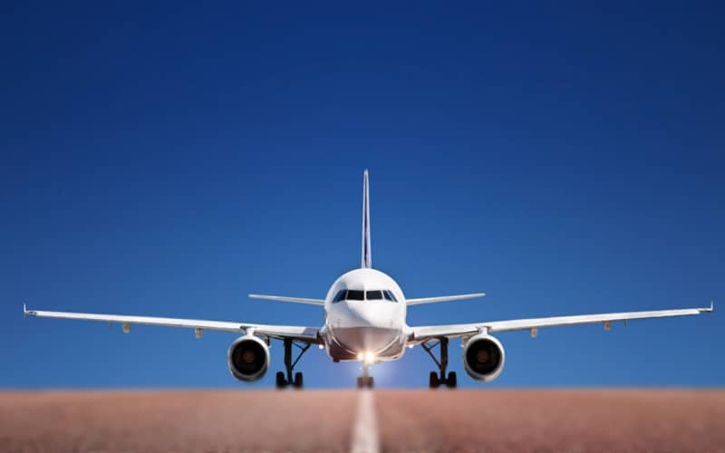 Безопасно ли летать на самолете