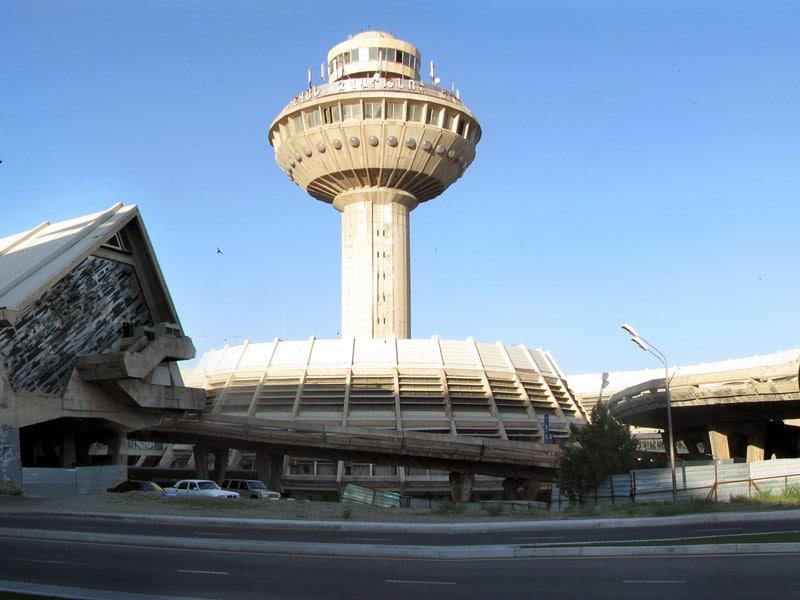 Авиабилеты Москва - Ереван без багажа