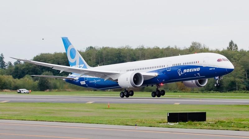 - фото Боинга 787 Дримлайнер