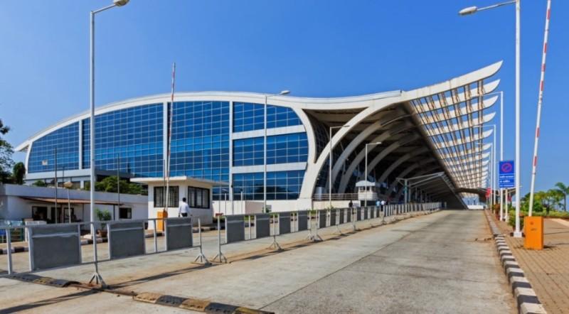 в какой аэропорт прилетают самолеты в ГОА