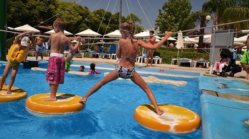 Когда лучше отдыхать на Кипре с ребенком