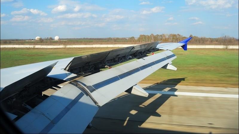 конструкция крыла самолета