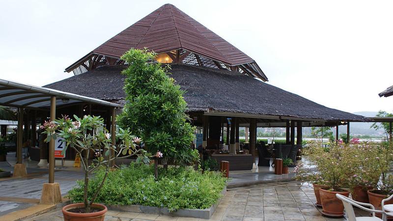 Международный аэропорт на острове Самуи