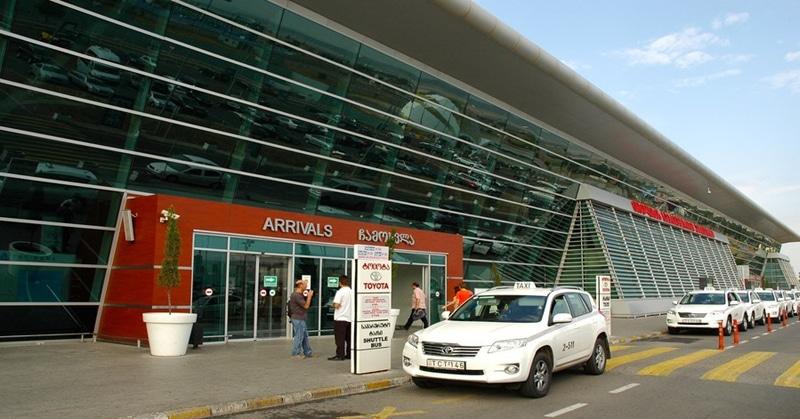 Доехать из аэропорта Тбилиси до центра города
