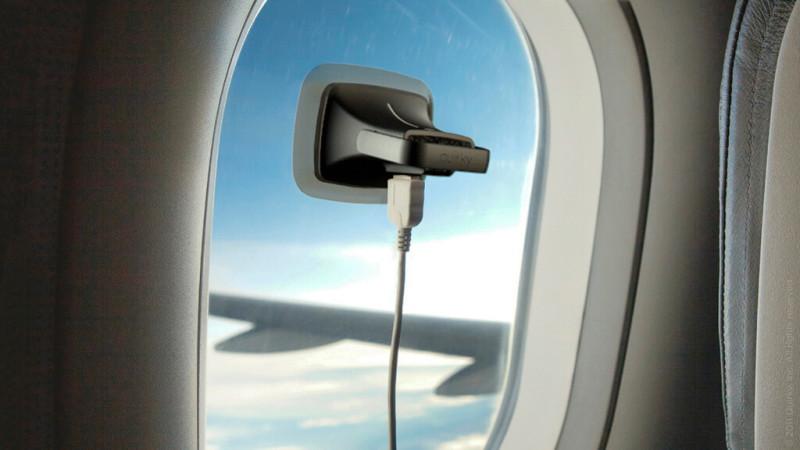 как зарядить телефон в самолете