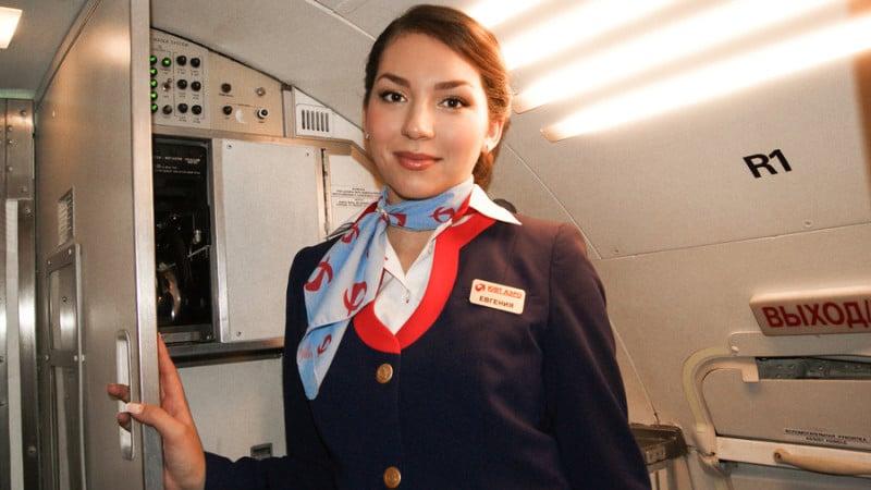 С какого возраста пенсия у стюардесс