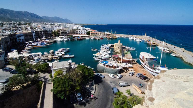 время полета Тюмень - Кипр