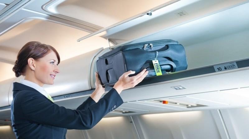 что запрещено делать в самолете
