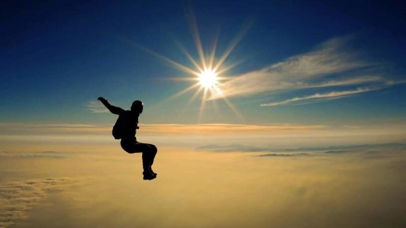 что делать если ты выпал из самолета без парашюта
