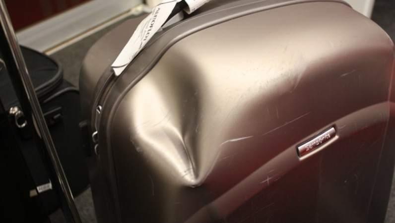 в аэропорту сломали чемодан что делать