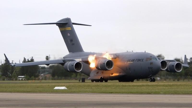 помпаж двигателя самолета что это