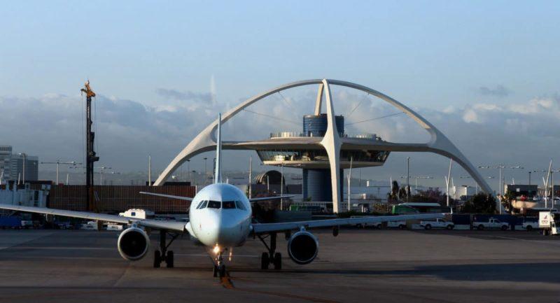 сколько лететь от Нью-Йорка до Лос-Анджелеса