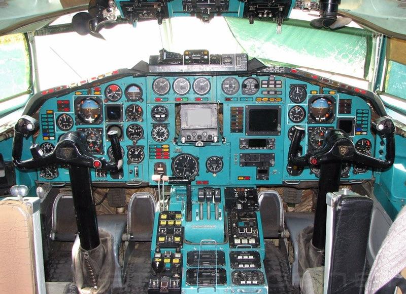 кабина ТУ-134