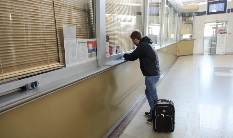 Как подать в суд на авиакомпанию за задержку рейса