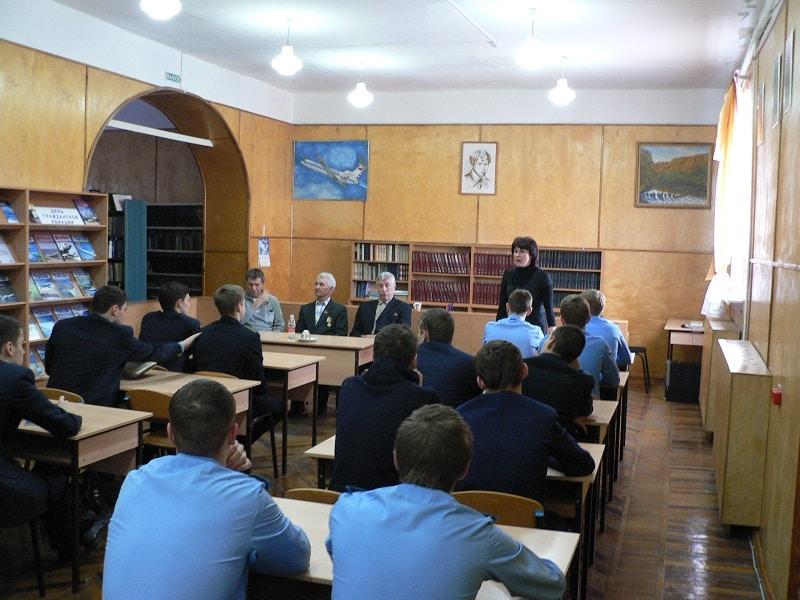 Кирсановское авиационно-техническое училище гражданской авиации