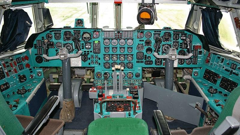 кабина Ил-76