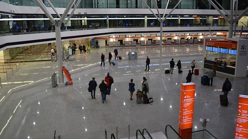 сколько аэропортов в Варшаве