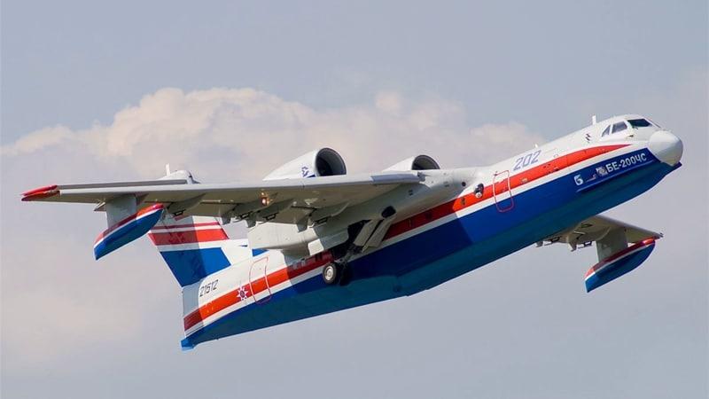 самолет амфибия Бе-200