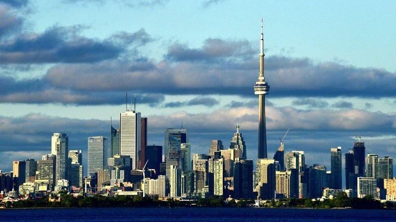 Сколько лететь до Торонто из Москвы