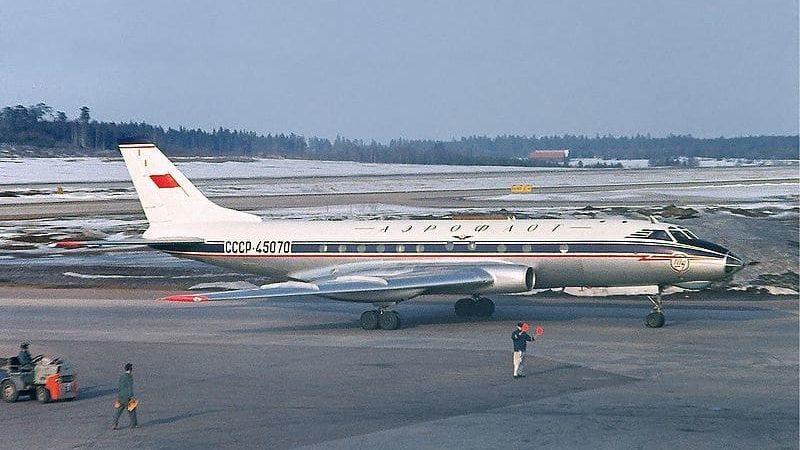 Посадка Ту-124 на Неву