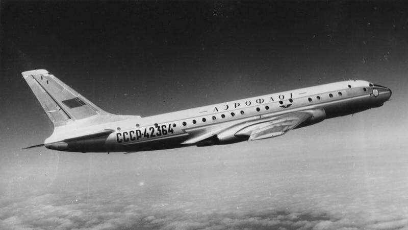 пассажирский Самолет Ту-104
