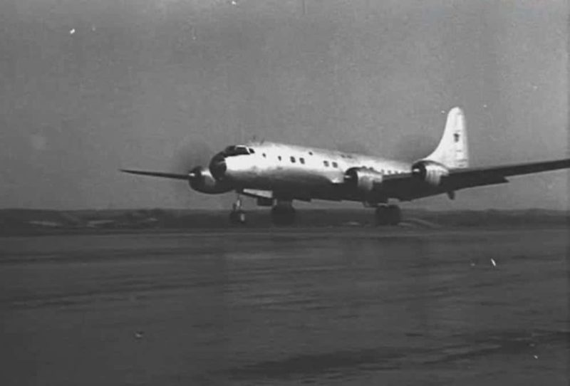 Самолет Ту-70
