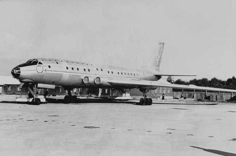 Самолет Ту-110