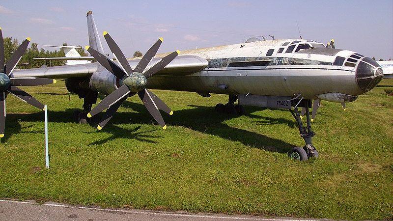 Самолет Ту-116