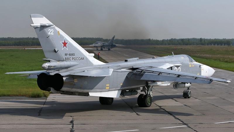 самолет Су-24 фото