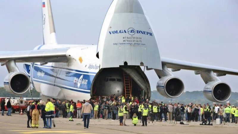 Самолет Ан-124 Руслан