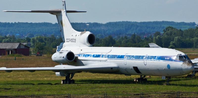Самолет Ту-155