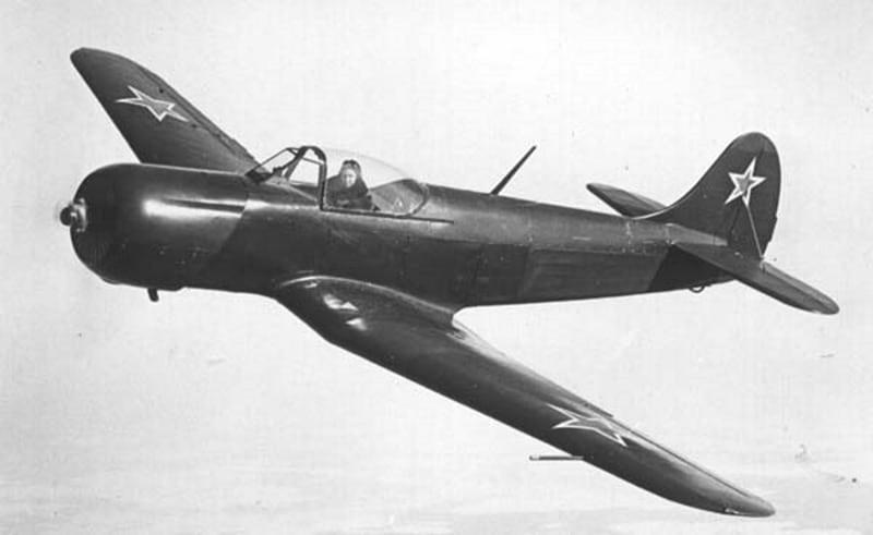 Як-18П